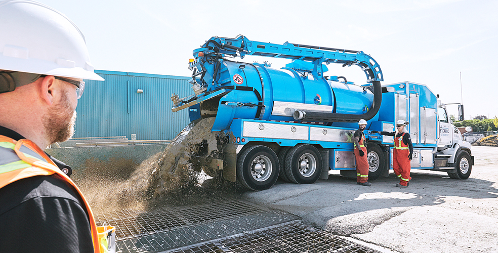 Hydrovac truck is unloading slurry for recycling